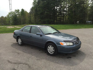 """TOYOTA CAMRY 2001 """" IMPECCABLE """""""