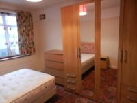 Single Room To Let For Lady in Harlington Hayes.