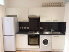 2 double Double Room Camden Town with Living Space/belsize park