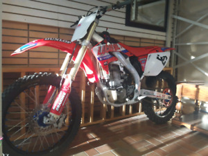 Honda Racing Dirt Bike for Sale