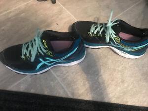 ASICS shoes 7.5