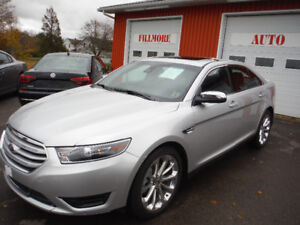 2018 Ford Taurus AWD LIMITED