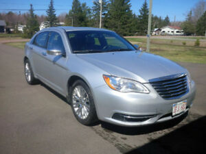 REDUCED - 2012 Chrysler 200 Limited