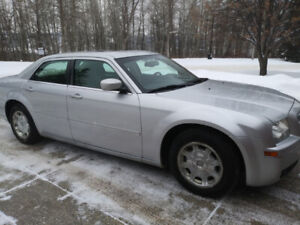 Chrysler 300 - Low kms, heated seats