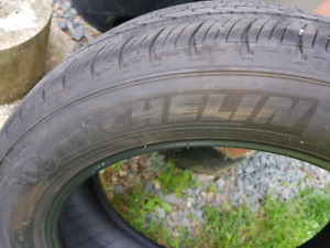 A SET OF  GOOD TIRES! MICHELIN PRIMACY ALL SEASON TIRES 21555R17