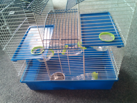Selling a hamster/gerbil cage with free ball