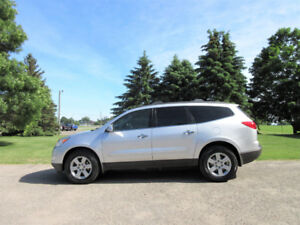 2010 Chevrolet Traverse LT AWD- RARE 8 PASSENGER!!  ONLY $8950