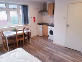 LARGE modern fully furnished COUPLES( SUITABLE FOR FAMILIES) STUDIO IN ALL BILLS INCLUDED