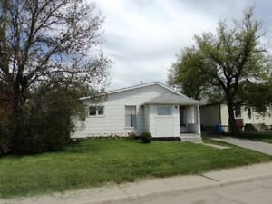 1009 Valley Street - Estevan - House for Sale