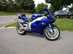 Yamaha R1 1998 - Blue - Great condition!