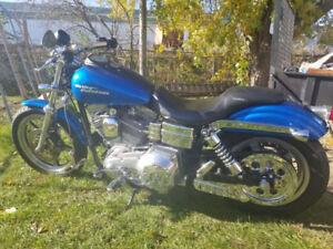 2004 Harley Davidson dyna superglide