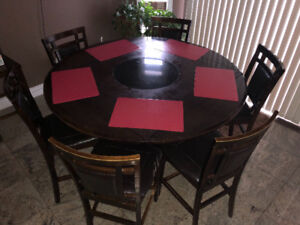 60 ROUND PUB TABLE WITH 6 CHAIRS