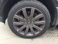 "20"" genuine Range Rover sport alloys with grabber Tyres"