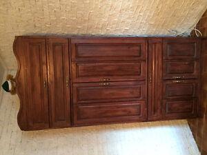 meuble télé artisanal en cèdre (en coin)
