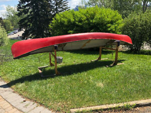 Canoe - 17' Fibreglass Prospector Hull