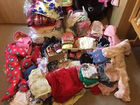 MASSIVE BUNDLE OF GIRLS BABY CLOTHES