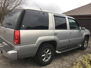 2000 GMC Yukon Denali SUV