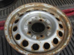 4 roues hivers,16 po, kia sorento 2002 a 2010,,5x139