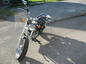 2005 gz 250 marauder parts bike London Ontario image 1