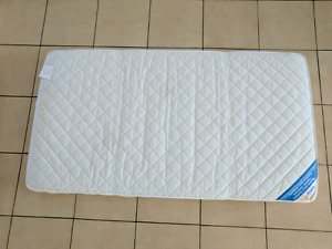 Matelas pour bassinette Safety First