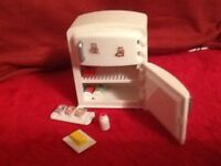 Sylvanian family country kitchen furniture accessories set (not boxed)