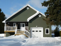 BEAUTIFUL WATERFRONT HOME! 5 MINS TO TOWN! BUILT NEW DEC 2014!