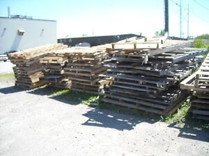 FREE LARGE WOODEN SKIDS