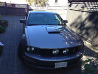 2006 Ford Mustang ***REDUCED*** Over $4000 worth of ad ons!