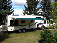 IMMACULATE TRAVELAIRE TW240 5TH WHEEL