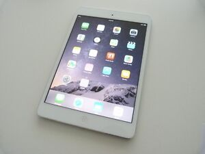 Apple iPad Mini 2 RETINA (2nd) 32GB, Wi-Fi - White/Silver + CASE