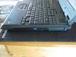 un ordi portable IBM Québec City Québec image 5