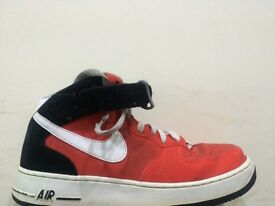 Nike Air Force Mid (Size 8.5)