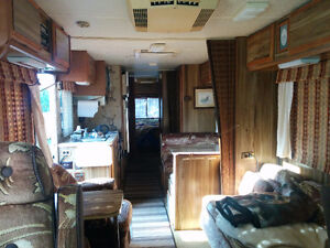 1983 Arrowspace 33 Foot Motorhome for Sale / Trade Cornwall Ontario image 5