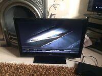 """TOSHIBA 32"""" full HD TV"""