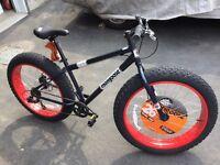Fat Bike - Mongoose Dolomite 7 speed - HUGE TIRES Disc Brakes