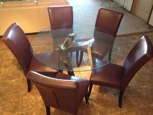 Dining Set Dropped Price