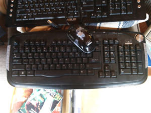 Wireless Keybiard and Mouse