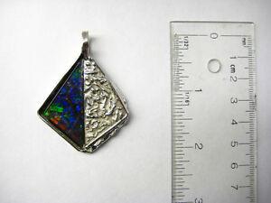 One of kind 'Ammolite Silver Pendant'-001