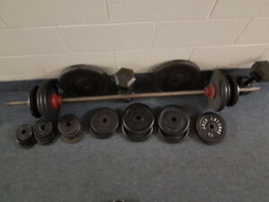 weights and barbell set 275 lbs