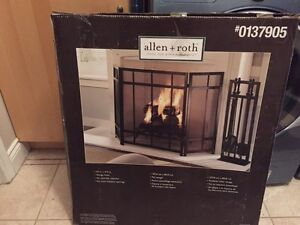Allen & Roth Fireplace gate BRAND new in box