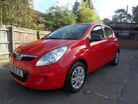 10 (10) HYUNDAI I20 1.2 CLASSIC 5DR ... ONE LADY OWNER FROM NEW