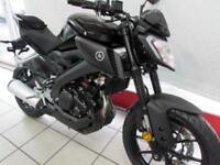 YAMAHA MT-125 ABS IN TECH BLACK, 2017 17 REG, ONLY 4 MILES AND IMMACULATE...