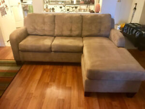 L shaped sofa for sale.