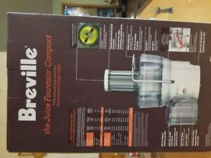 Breville Juicer NEVER OPENED NEW IN BOX