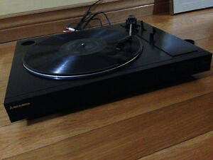 Hard to find Mitsubishi turntable