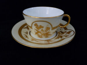 Estate sale - quality European porcelain: Early English Tea cups