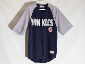 Official New York Yankees baseball jersey jacket - Medium