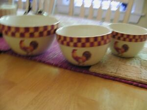 Set of 3 Bowls with Rooster