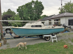 SIREN SAILBOAT GREAT CONDITION - BEST OFFER