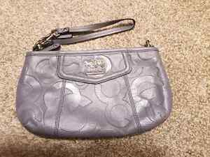 Large Coach Wristlet LIKE NEW!!!